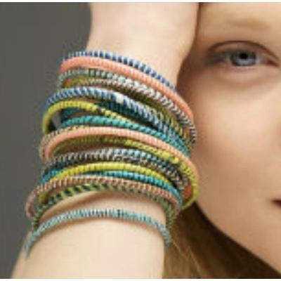 Set de 10 bracelets multicolores Jokko du Djenné au Mali - commerce équitable - La Belle Simone Bijoux