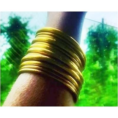 Bracelet ÉPAIS Ø6 jonc temple tibétain bouddhiste poudre d'or et huile dans tube scellé – La Belle Simone Bijoux