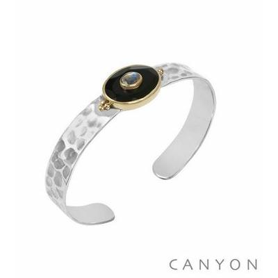 Bracelet argent jonc martelé grande onyx noir ovale et d'une petite pierre de lune - Canyon