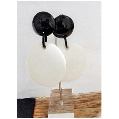 Boucles d'oreilles clips ivoire et noir - Marion Godart