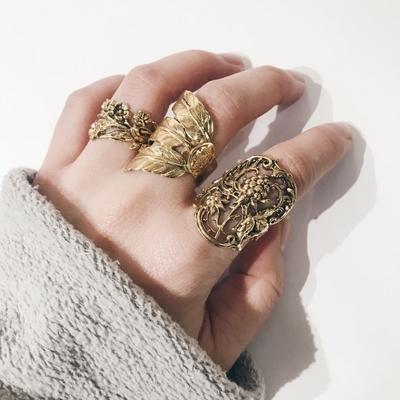 bague feuille dorée Lotta Djossou