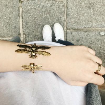 bracelet double libellule doré Lotta Djossou