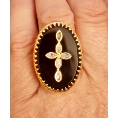 Bague réglable onyx noir et croix en pierre de labradorite plaqué or 5 microns - La Belle Simone Bijoux