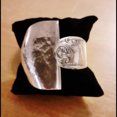 Bracelet cuillère fabriqué avec des couverts en argent - Création d'Olivia