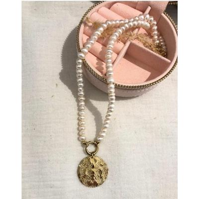 Collier perles nacrées et piécette martelée doré acier inoxydable - Mile Mila