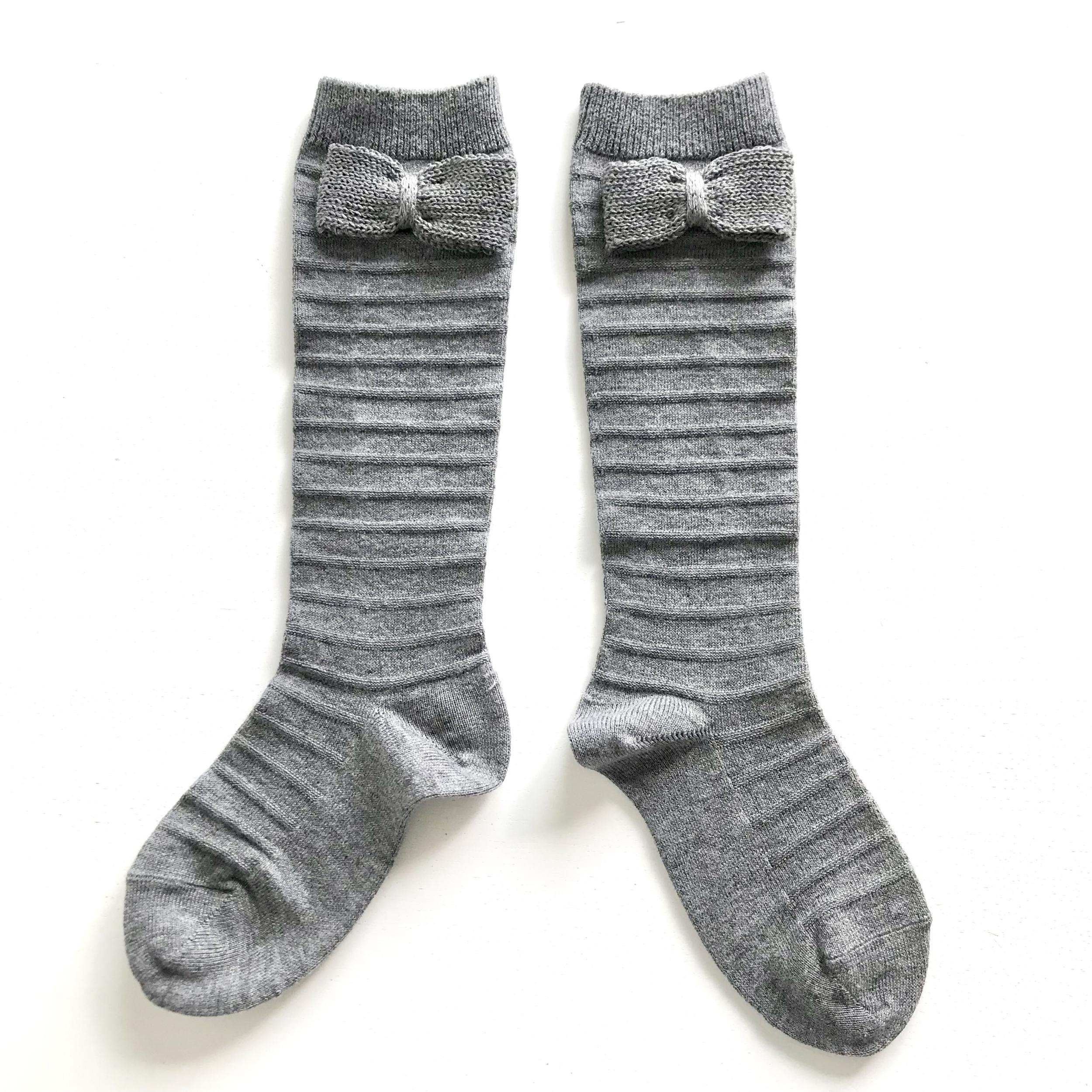 Chaussettes hautes Relief avec noeud tricot coloris Light grey