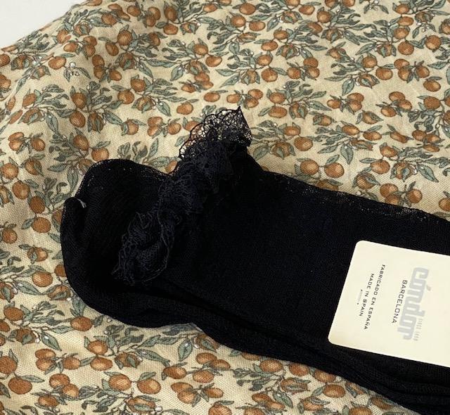 Chaussettes fines dentelle coloris noir