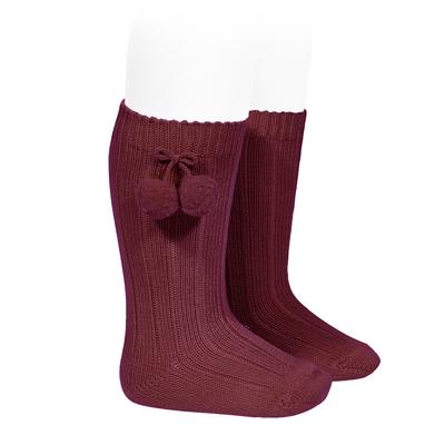 Chaussettes hautes maille côtelée à pompons coloris Bordeaux