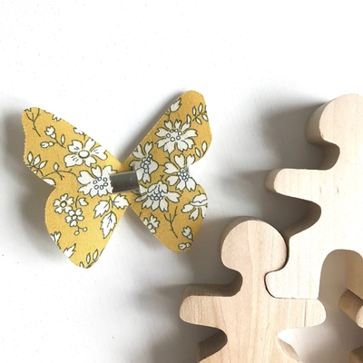 Barrette Papillon Liberty Capel moutarde
