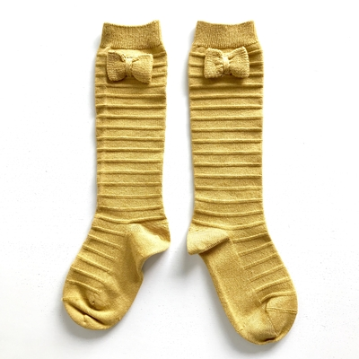 Chaussettes hautes Relief avec noeud tricot coloris Moutarde