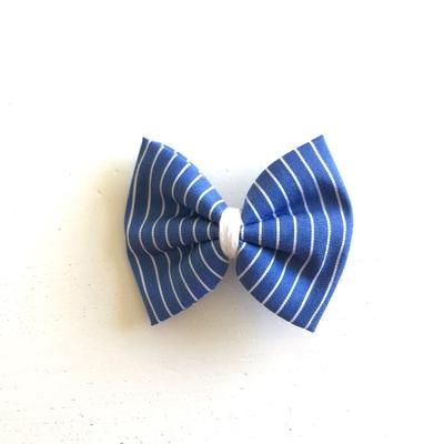 Grande barrette rayée bleue