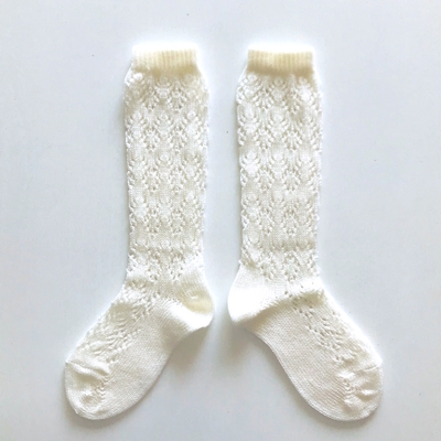 """Chaussettes hautes ajourées """"géométrique"""" en coton perlé coloris Beige"""