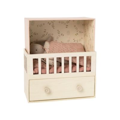 Babyroom Maileg : boîte à musique et bébé lapin fille