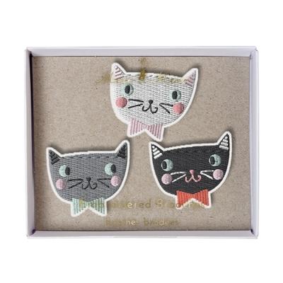 Assortiment de 3 broches brodées thème Chat