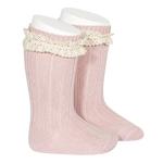 chaussettes-hautes-bordure-en-dentelle-vintage-pale-rose