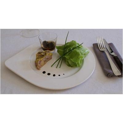 Caille désossée fourrée au foie gras et pruneaux au cointreau