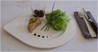 Caille au foie gras-pruneaux au cointreau