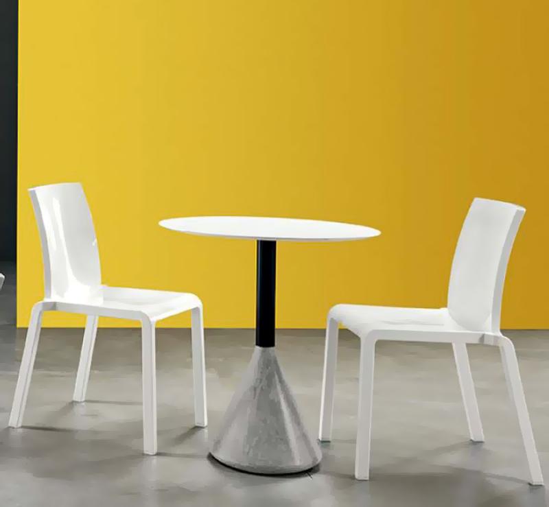 chaise ext rieur empilable good lot de 4 chaises pour salle d 39 attente ou restaurant si ges. Black Bedroom Furniture Sets. Home Design Ideas
