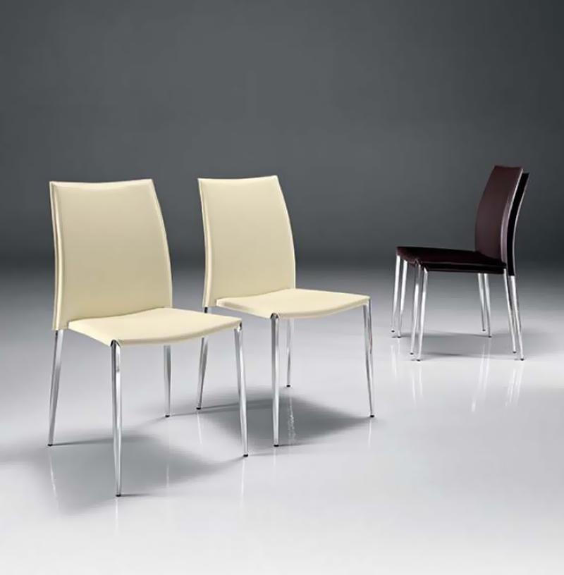 chaise cuir elegancia lot de 4 chaises pour salle d 39 attente si ges salle d 39 attente chaises. Black Bedroom Furniture Sets. Home Design Ideas