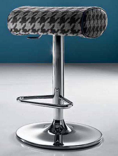 tabouret de bar tapiss sixties tournant et r glable en hauteur tabouret de bar. Black Bedroom Furniture Sets. Home Design Ideas