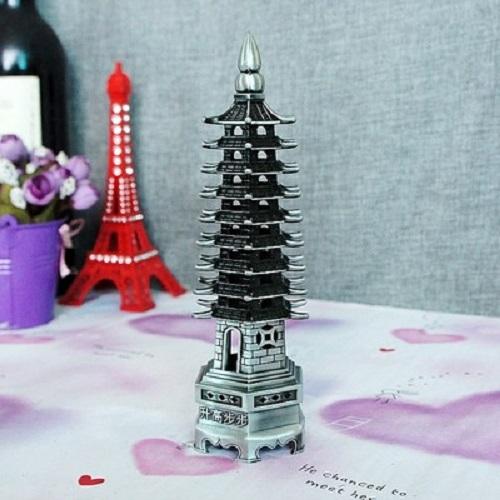pagode feng shui argent feng shui rem des magie d 39 asie. Black Bedroom Furniture Sets. Home Design Ideas