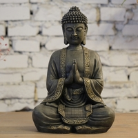 Grand bouddha en méditation