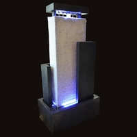 Fontaine mur d'eau lumineux