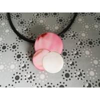 Pendentif trois nacres rose et blanc