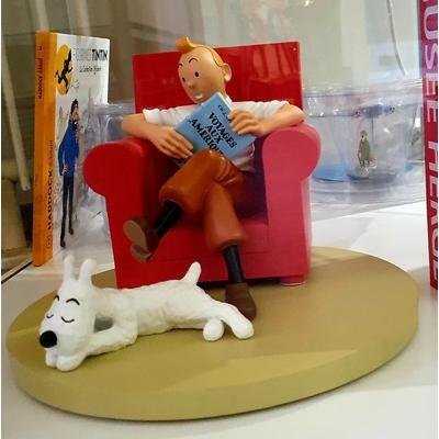 Hergé - figurine Tintin au fauteuil rouge - L'oreille cassée