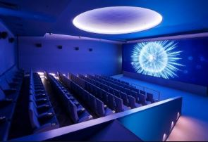 Belgian-Comics-White-Cinema-salle
