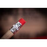 Ticky-Tacky-Noel-Box-Crayon-02