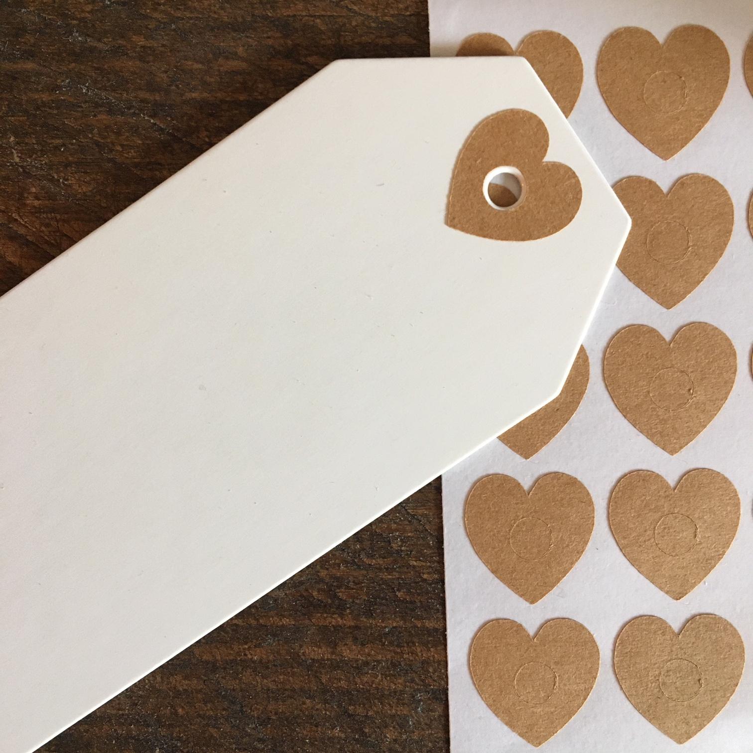 oeillet papier coeur