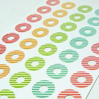 """""""Rayures"""" - Planche de 40 oeillets couleur"""