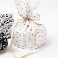"""Furoshiki"" - Tissu pour paquet cadeau étoiles"