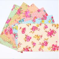 """Decoup"" - 6 feuilles de tissu autocollant fleuri"