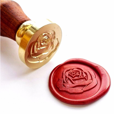 cachet de cire avec une rose