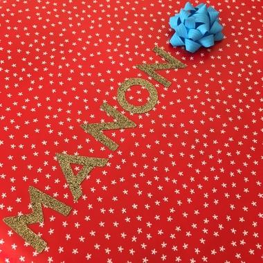papier cadeau rouge et blanc
