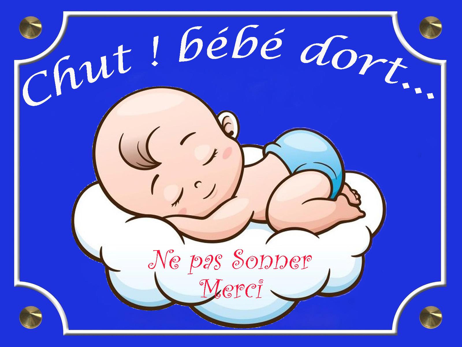 Chut ! bébé dort...6
