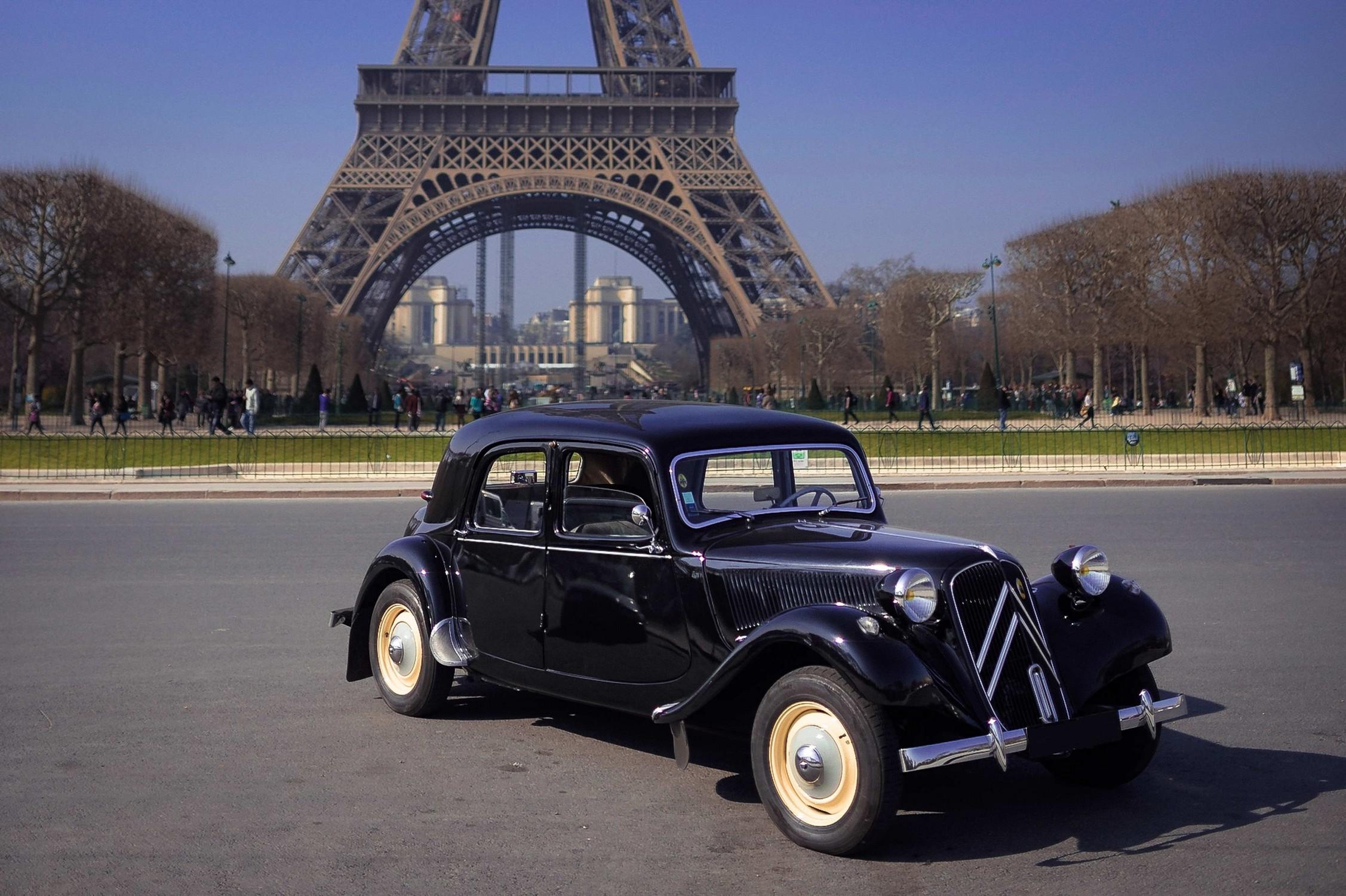 TRACTION A PARIS