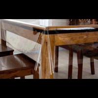 Nappe transparente épais: 0.25 mm en 140 cm de large à la coupe
