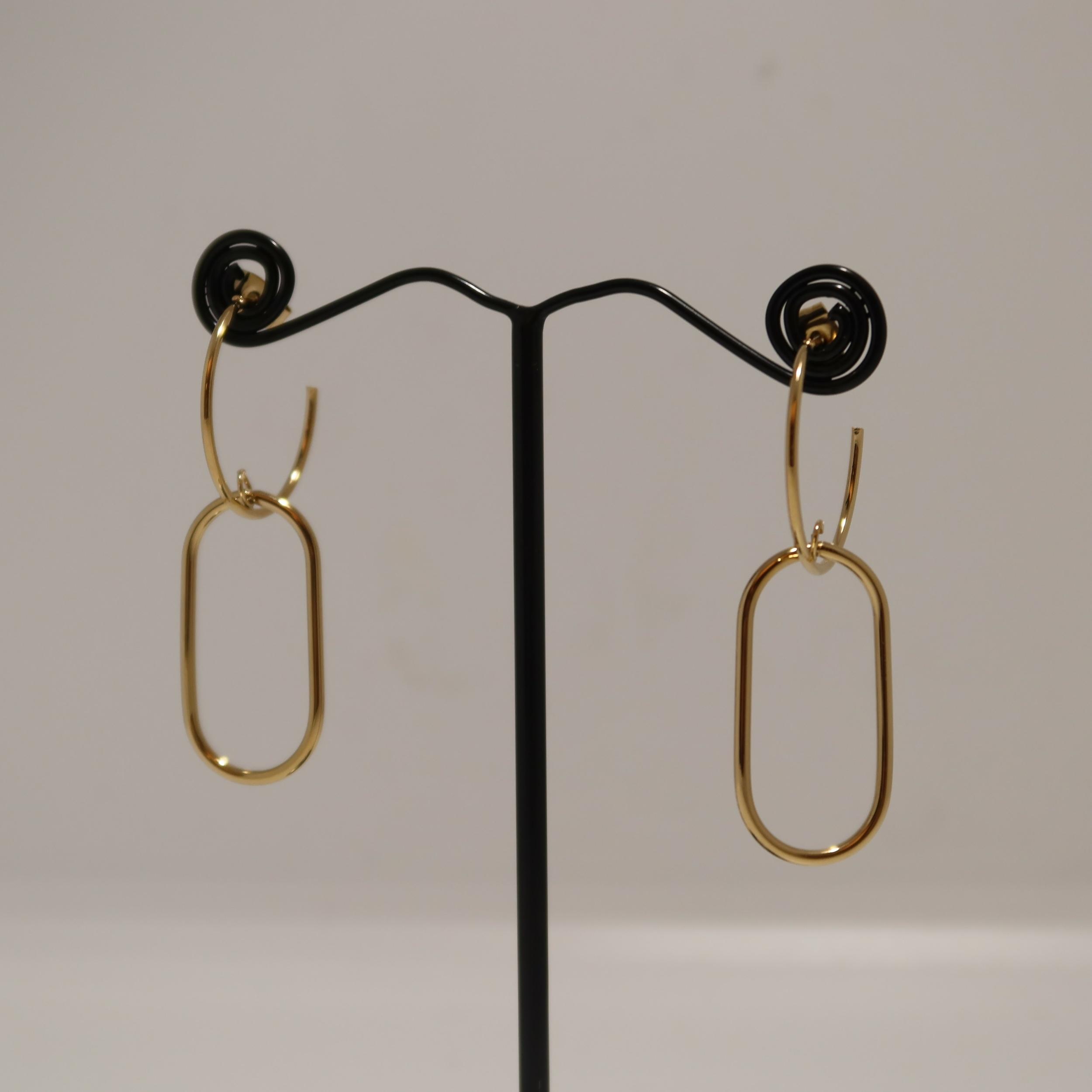 Boucles d\'oreilles femme dorée - LIA
