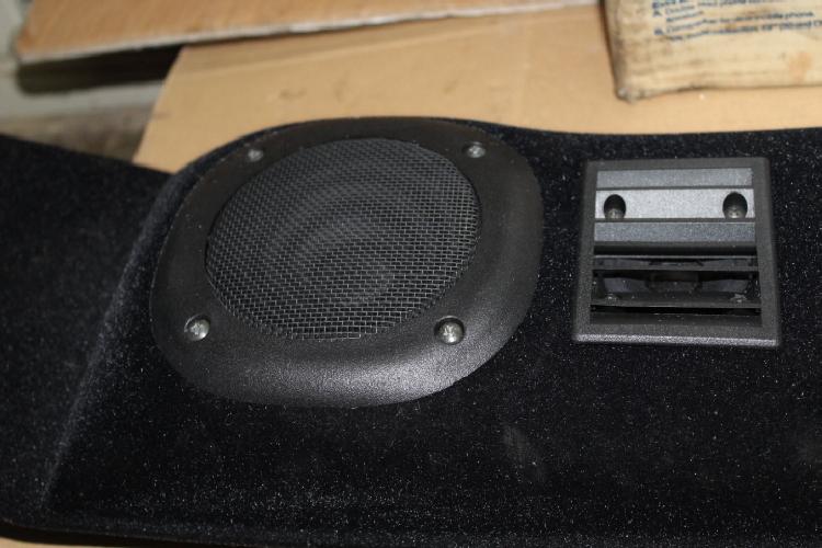 kit special haut parleur neuf accessoires auto pi ces anciennes. Black Bedroom Furniture Sets. Home Design Ideas