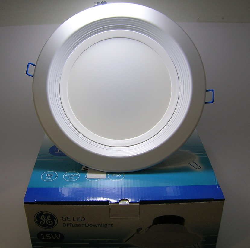 Plafonnier à encastrer Diffuseur Downlight GE LED 15W