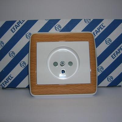 Prise de courant 2P+T sirius70 Bois avec enjoliveur Blanc