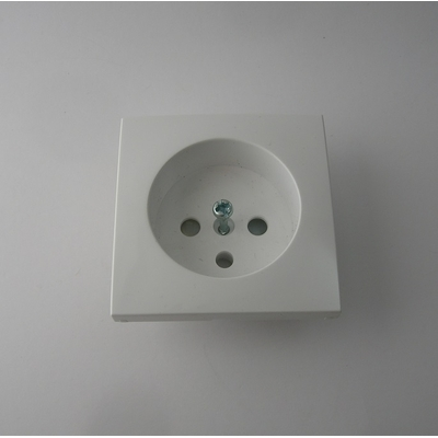 Enjoliveur prise 2P+T Blanc Logus90