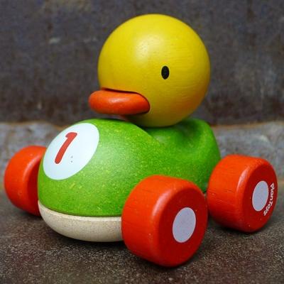 PLAN TOYS Ducky caneton de course en bois