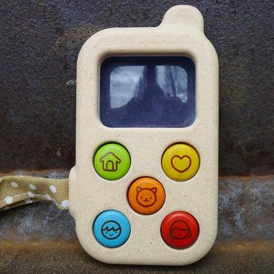 PLAN TOYS mon premier téléphone en bois