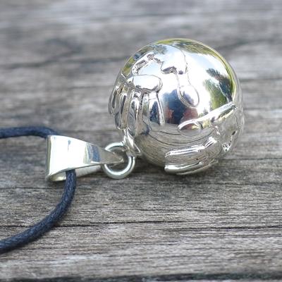 bola argent mains - bijou de grossesse