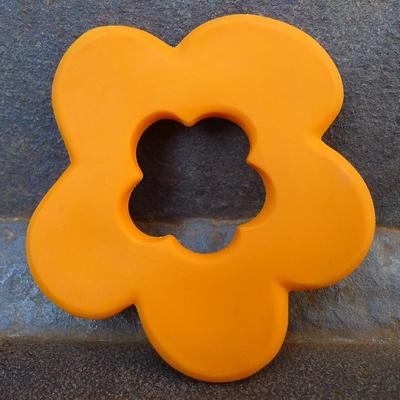 anneau de dentition caoutchouc naturel fleur