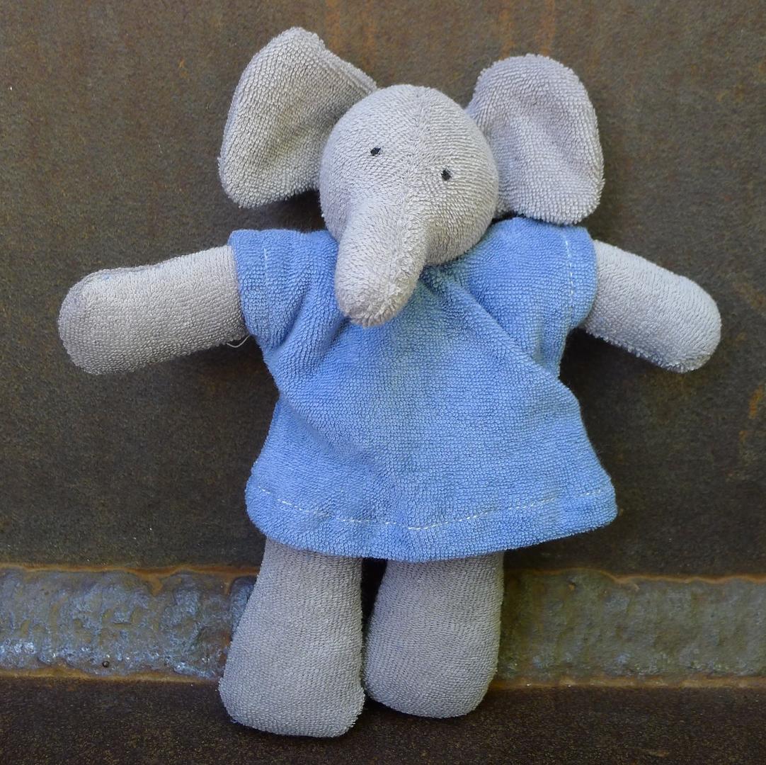 NANCHEN NATUR doudou éléphant coton bio 1
